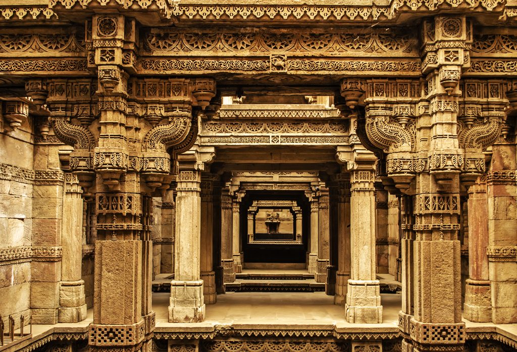 The stunning architecture of Adalaj ki vav, a stepwell built in 1498 in the memory of Rana Veer Singh, by his wife Queen Rudadevi