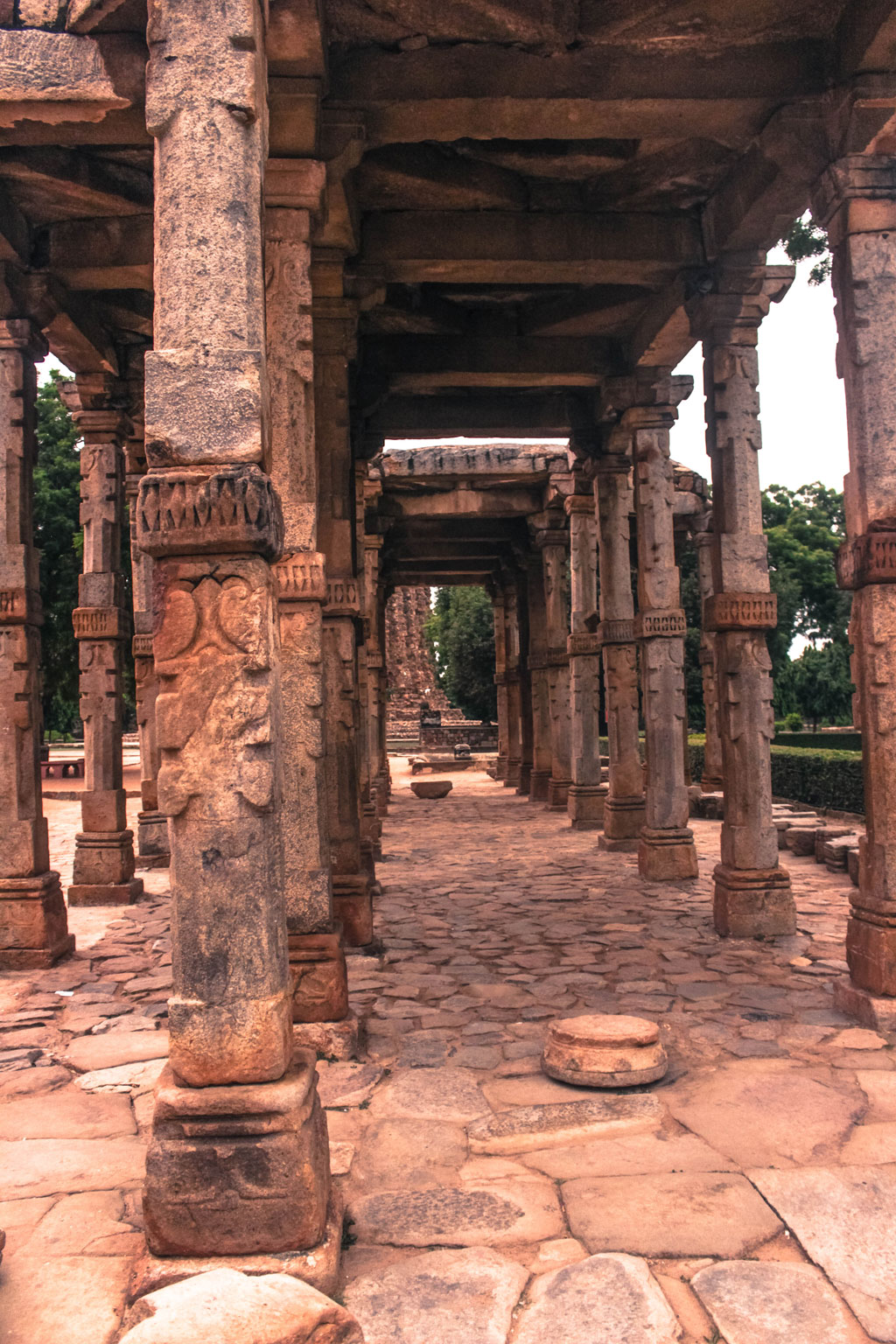 The pillars of the structures are elegantly carved on with beautiful designs