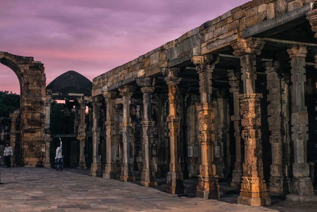 The Qutub complex has other monuments such as the Alai Darwaza, the Tomb of Iltutmish, Alai Minar, Ala-ud-din's Madrasa and Tomb, the Tomb of Imam Zamin, among other things